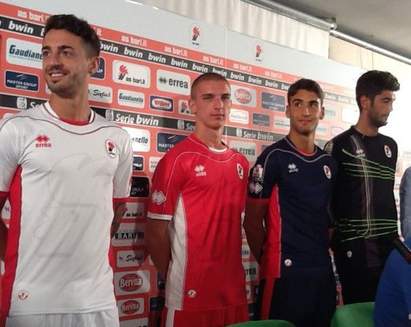 Maglie del Bari 2012-2013 Serie B