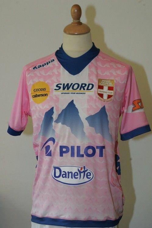 La prima maglia 2012-2013 dell'Evian TG