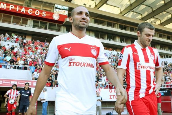 Presentazione kit Puma Olympiakos 2012-13