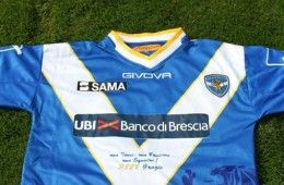 Maglia celebrativa Brescia 3828 abbonati
