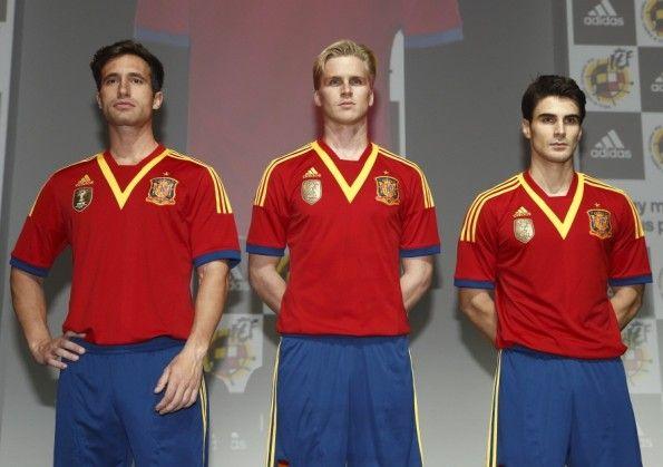 La nuova divisa della Spagna per il 2013