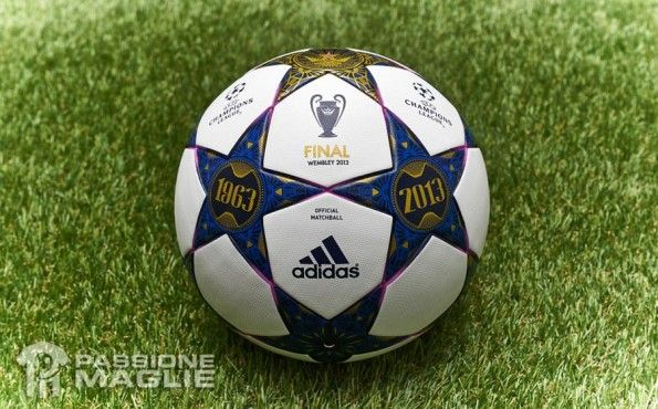 Finale Wembley pallone ufficiale Champions League