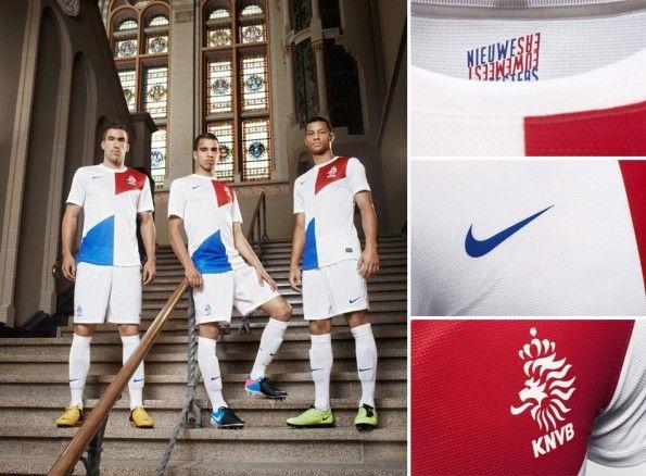Calciatori Olanda kit trasferta 2013 Nike
