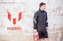 Messi presenta le F50 Adizero rosse