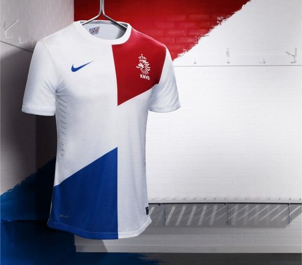 Olanda seconda maglia 2013 Nike