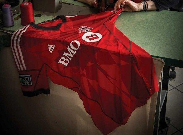 Kit home Toronto Fc 2013