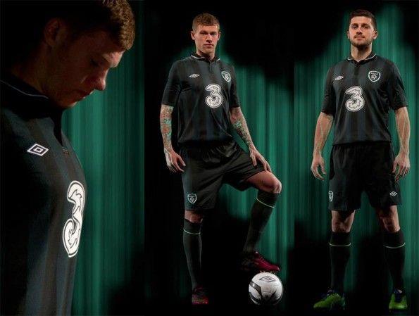Kit Irlanda trasferta 2013 Umbro