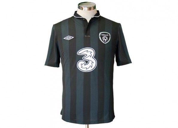 Seconda maglia Irlanda 2013 Umbro