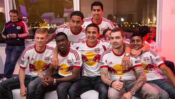 Presentazione maglie New York Red Bulls 2013