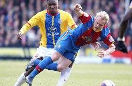 Barnsley con maglia del Crystal Palace