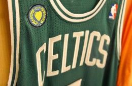 Patch Boston Celtics ricordo vittime maratona
