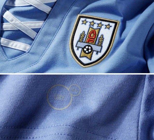 Dettaglio stemma AUF maglia Uruguay
