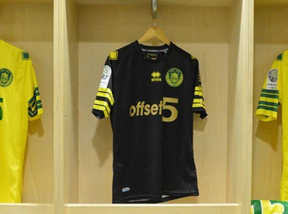 Seconda maglia Nantes trasferta 2013-2014