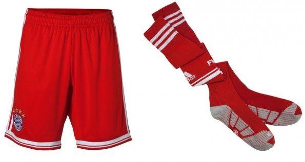 Pantaloncini e calzettoni della divisa del Bayern 2013-2014