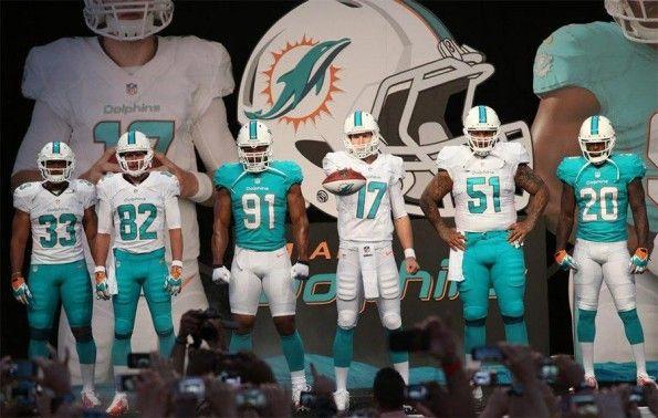Presentazione divise Miami Dolphins 2013