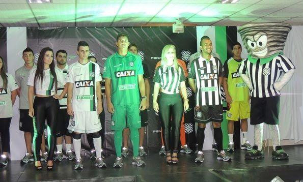 Presentazione kit Figueirense 2013