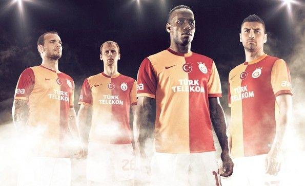 Presentazione maglia Galatasaray 2013-2014