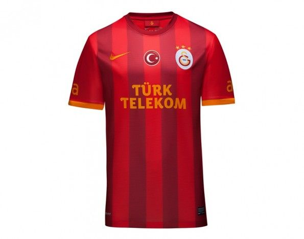 Terza maglia Galatasaray 2013-2014