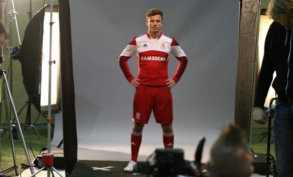 Andy Halliday divisa 2013-2014 Middlesbrough