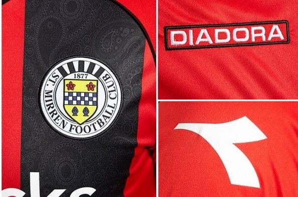 Dettaglio paisley maglia away St Mirren 2013-2014