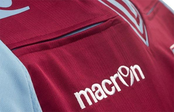 Intaglio maglia home Aston Villa