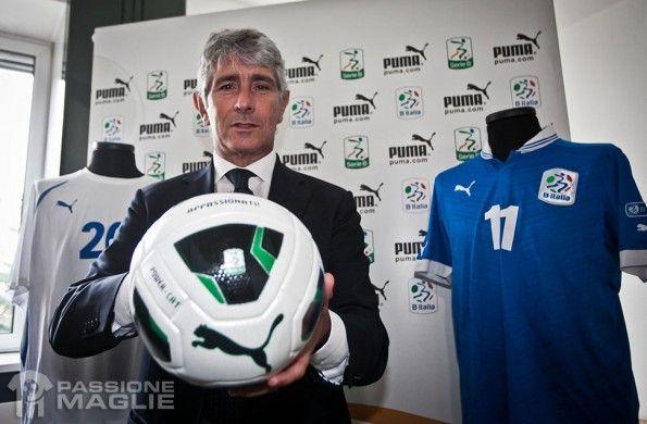Abodi con il pallone della Serie B 2013-2014