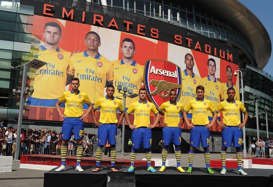 Kit Arsenal away 2013-2014