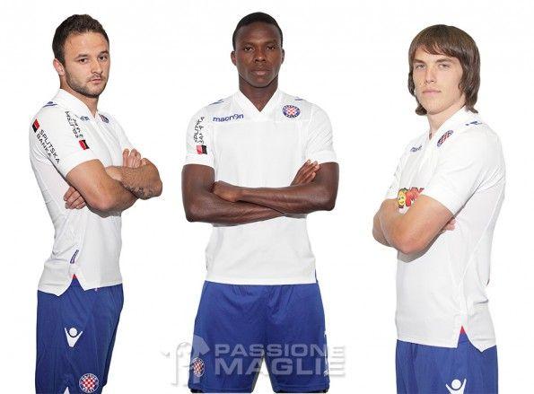 Kit home Hajduk Split 2013-2014