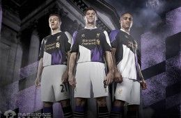 Third Kit Liverpool 2013-2014 Warrior