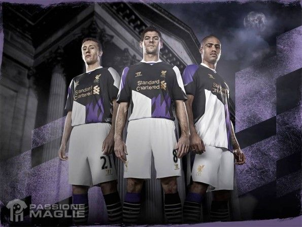 Third Kit Liverpool 2013-2014 Warrior