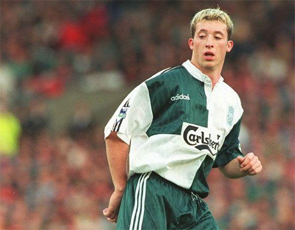 Fowler away kit Liverpool 1995-1996