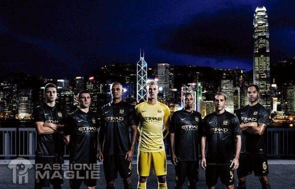 Kit away Manchester City 2013-2014