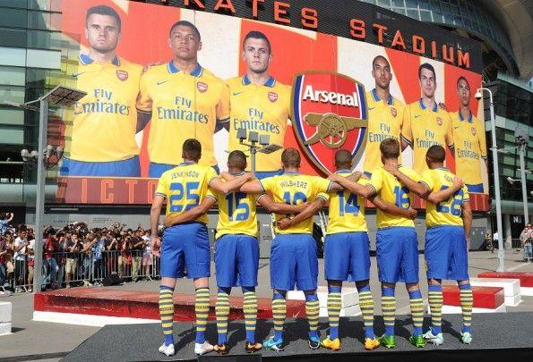 Presentazione kit Arsenal away Emirates Stadium