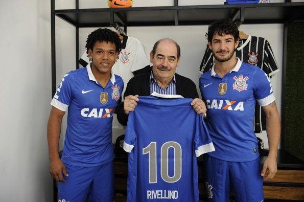 Romarinho, Rivellino e Pato terza maglia Corinthians 2013