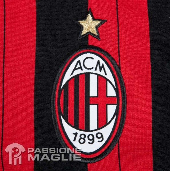 Stemma ricamato Milan kit home 2013-2014