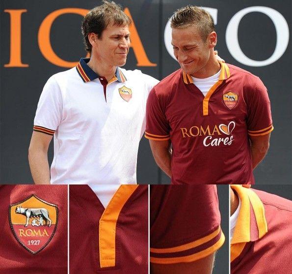 Totti presentazione maglia Roma 2013-14