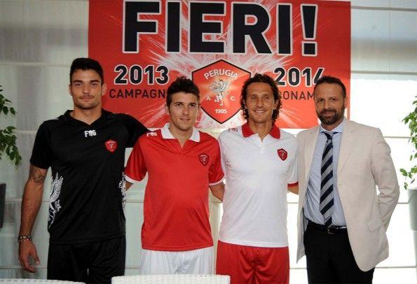 Presentazione kit Perugia 2013-2014