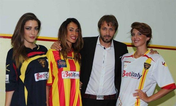 Presentazione maglie Lecce 2013-2014