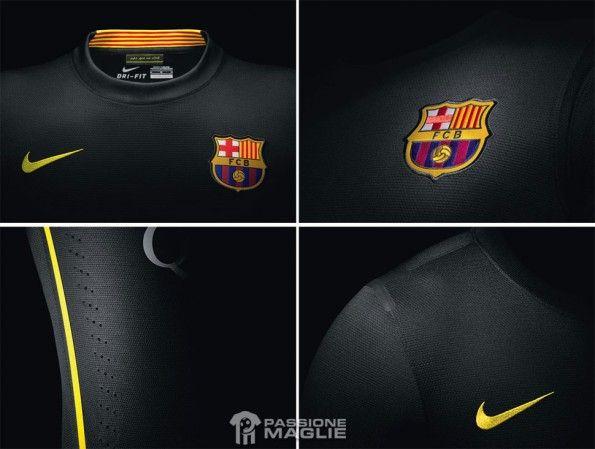 Dettagli terzo kit nero Barcellona 2013-2014