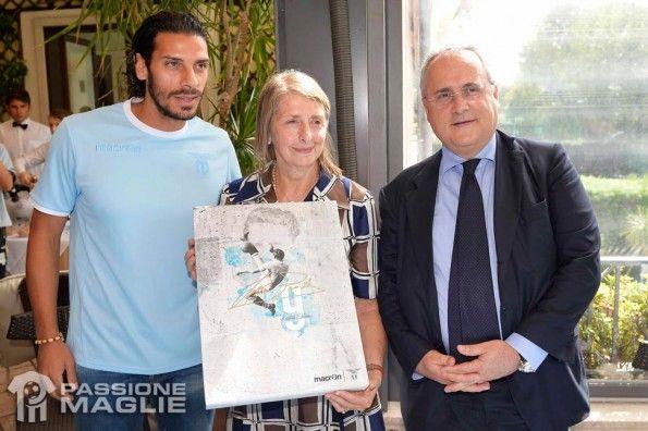Presentazione maglia Lazio Piola