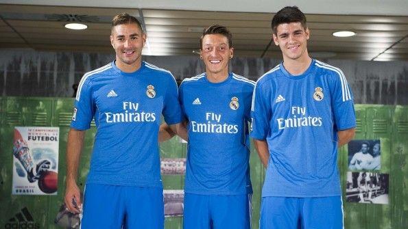 Seconda divisa Real Madrid 2013-2014