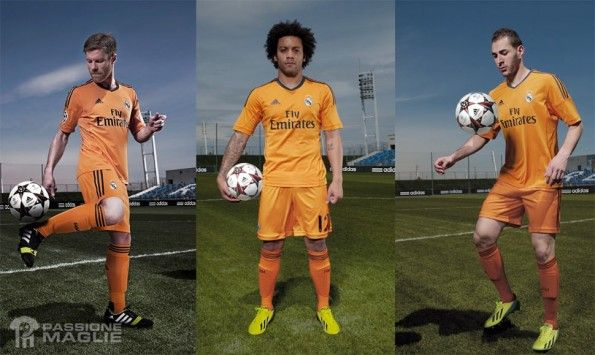 Terza divisa Real Madrid 2013-2014