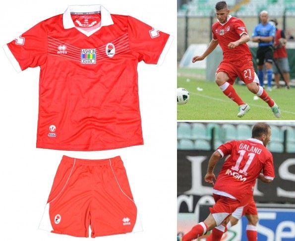 Seconda maglia Bari 2013-2014