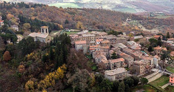 Il borgo di Castel Rigone