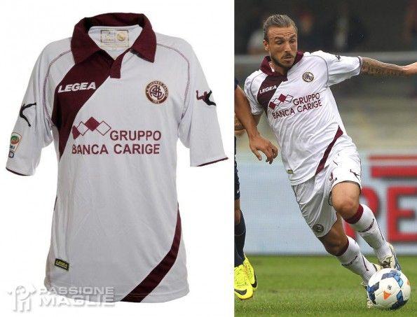 Seconda maglia Livorno 2013-14
