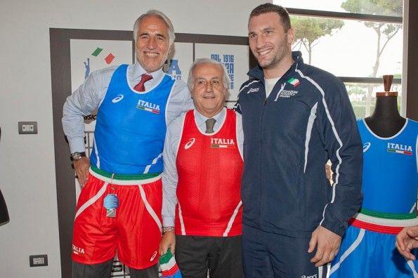 Malagò e Cammarelle divise pugilato Italia