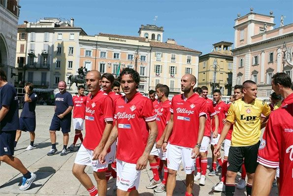 Presentazione Piacenza 2013-2014
