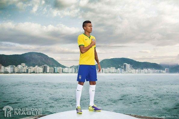 Luis Gustavo maglia Brasile Mondiali 2014
