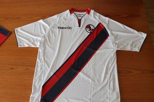 Seconda maglia L'Aquila 2013-2014