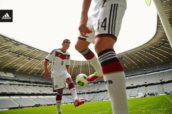 Ozil kit Germania 2014 adidas